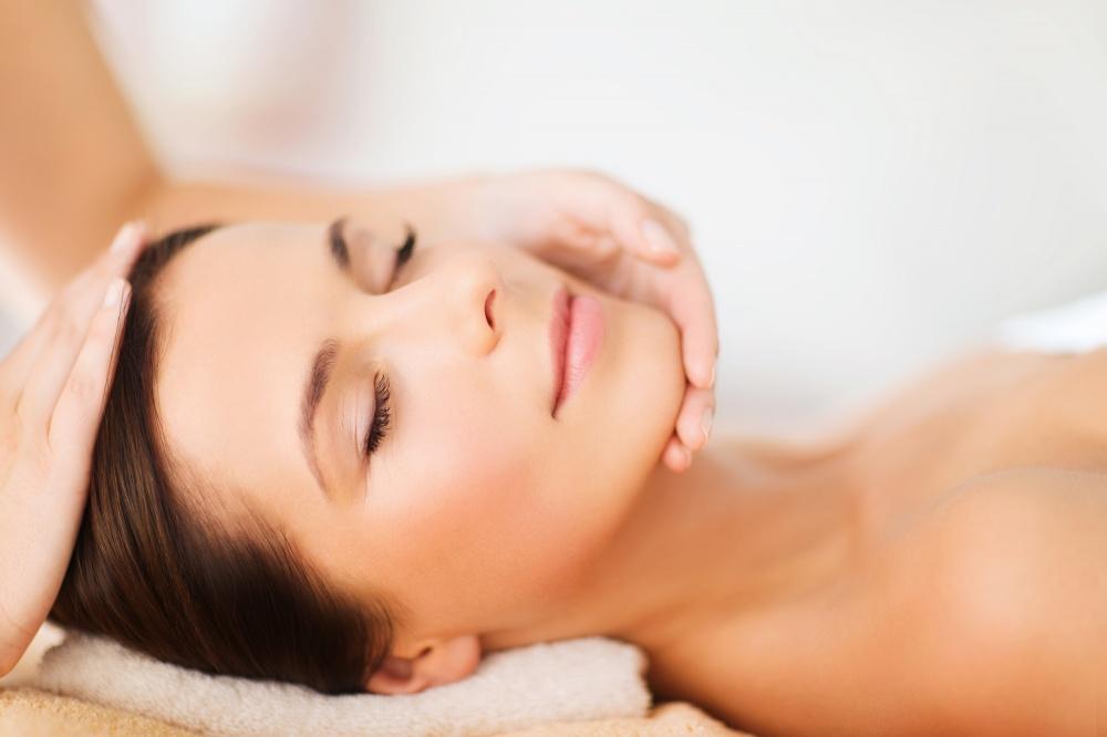 Holistic Facial Rejuvenation Massage